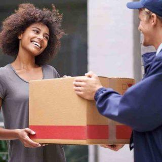Livraison de colis logistique ecommerce
