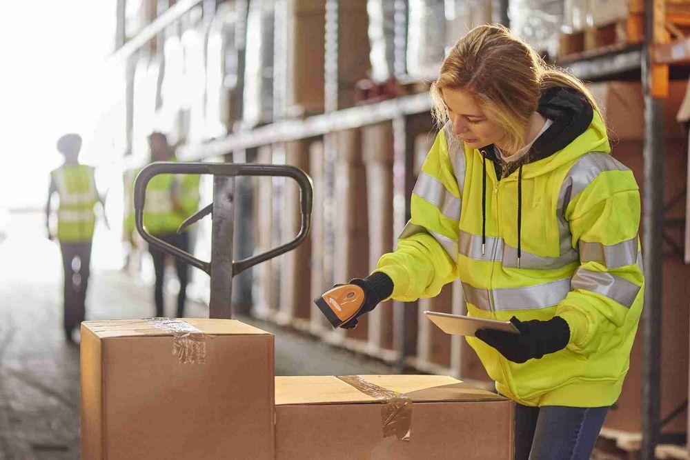 Métiers de la logistique - préparateur de commandes